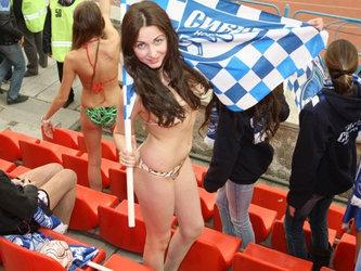 Голые русские фанатки футбола