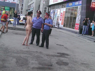 golie-devushki-novosibirska-foto-devushka-s-idealnim-litsom-golaya-porno
