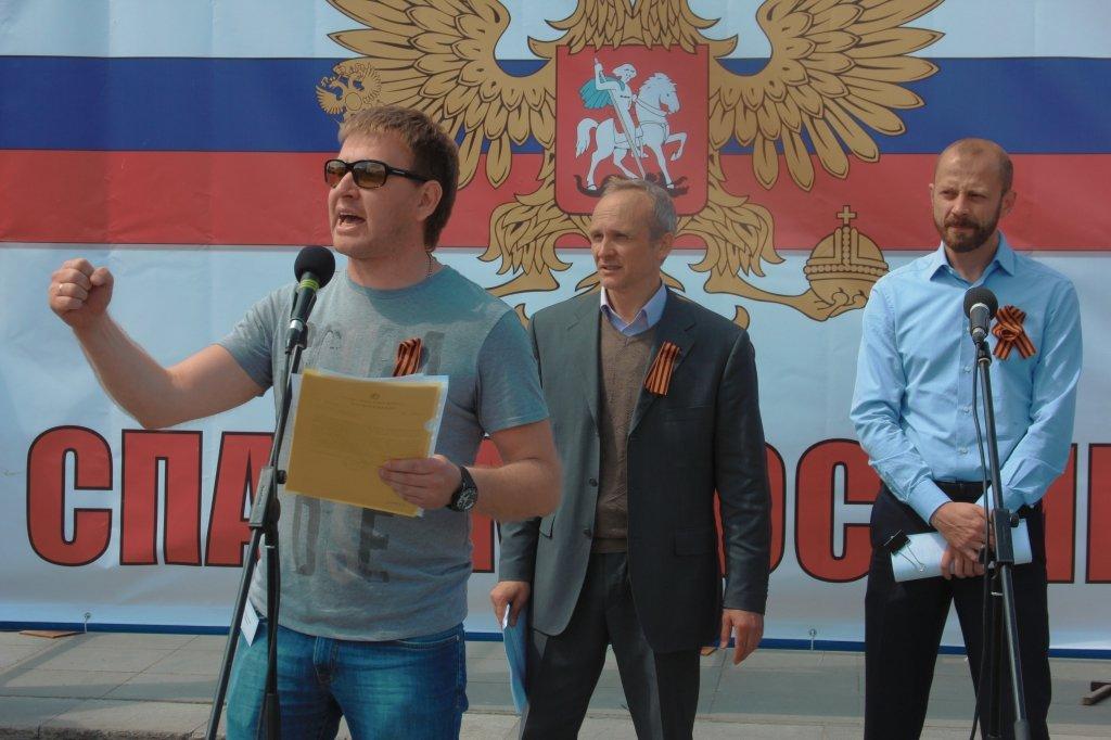 Православные активисты посягнули на Монстрацию и «Парад зомби»