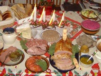 Депутат Госдумы призывает сократить новогодние каникулы из-за высокой смертности