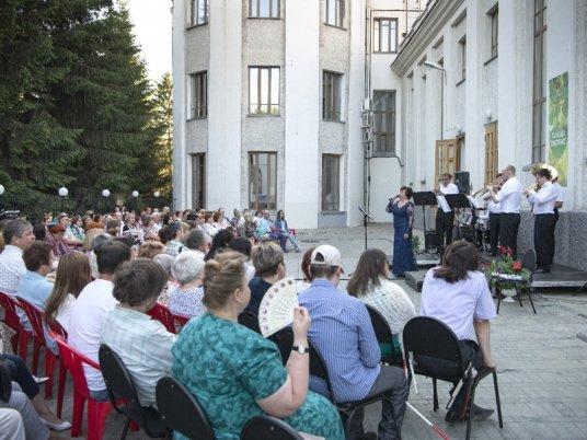 Новосибирская филармония не уйдет в отпуск