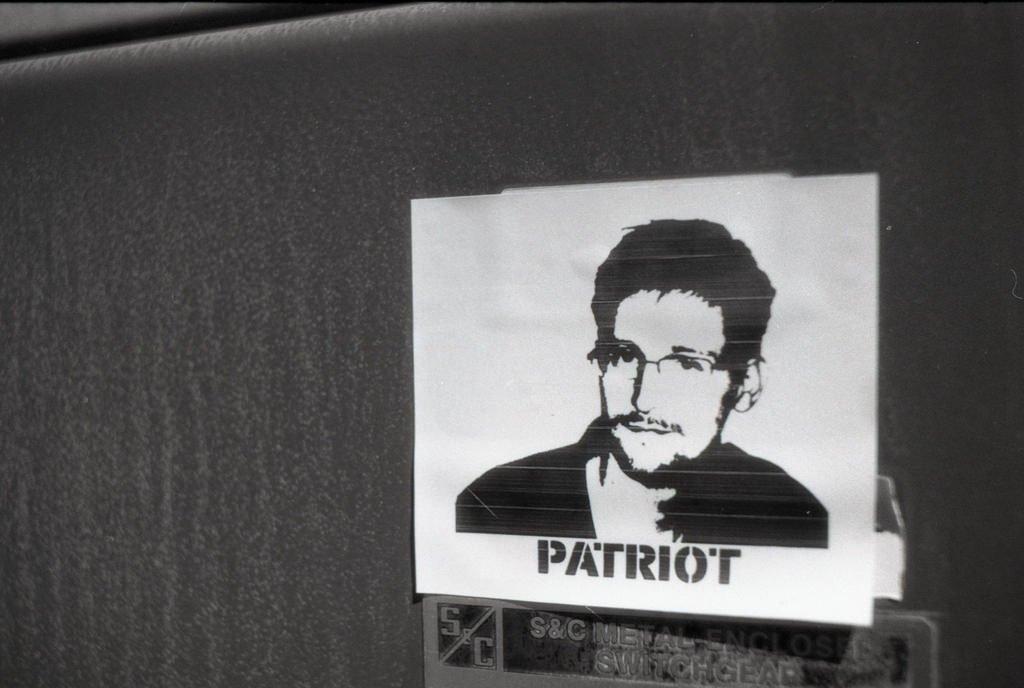 Эдвард Сноуден прокомментировал фильм «Сноуден»