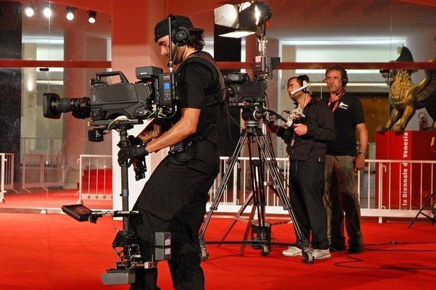 Эмма Стоун и«ЛаЛаЛэнд» открыли Венецианский кинофестиваль