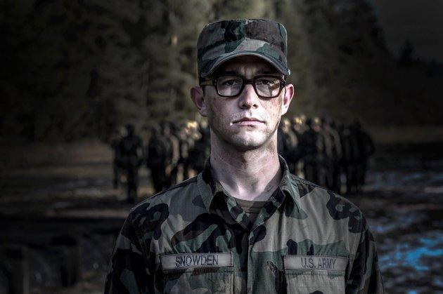Сборы «Сноудена» вСША стали рекордно небольшими для Оливера Стоуна