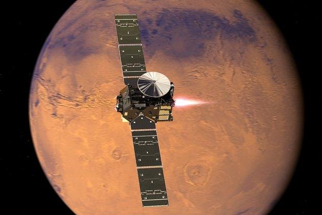 Schiaparelli взорвался после падения на Марс