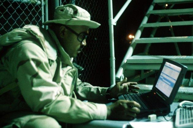 Американские хакеры подчинили командные системы Кремля