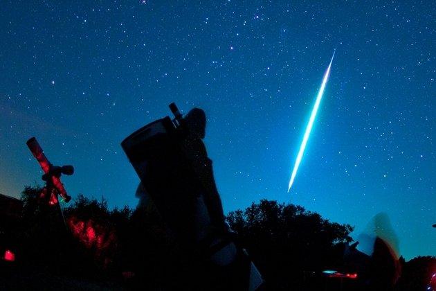 Русские ученые отправятся напоиск метеоритов вИран