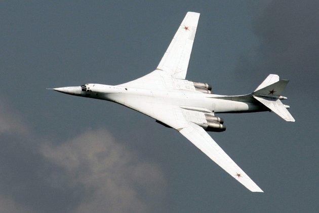 российский самолет белый лебедь видео