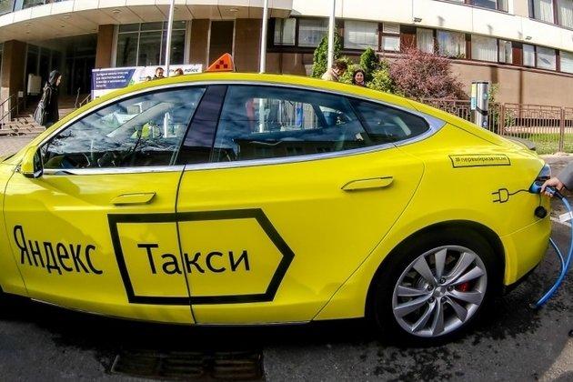 Сервис он-лайн заказа «Яндекс.такси» сворачивает деятельность вКрыму иСевастополе