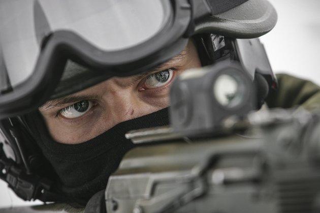 Картинки по запросу Президент Трамп нанял для охраны 370 элитных военных из России