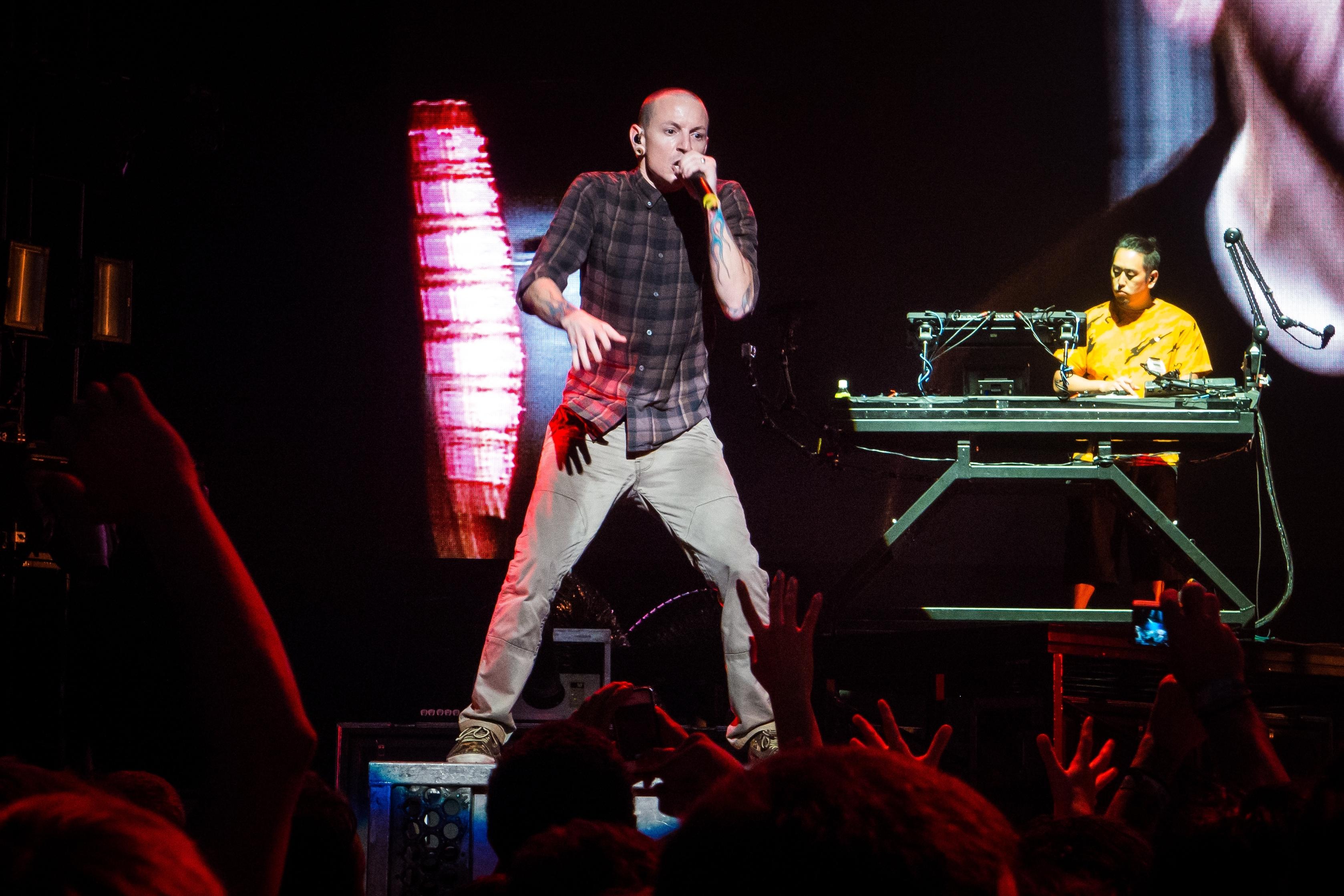 Клип Linkin Park в день смерти солиста собрал 5 млн просмотров
