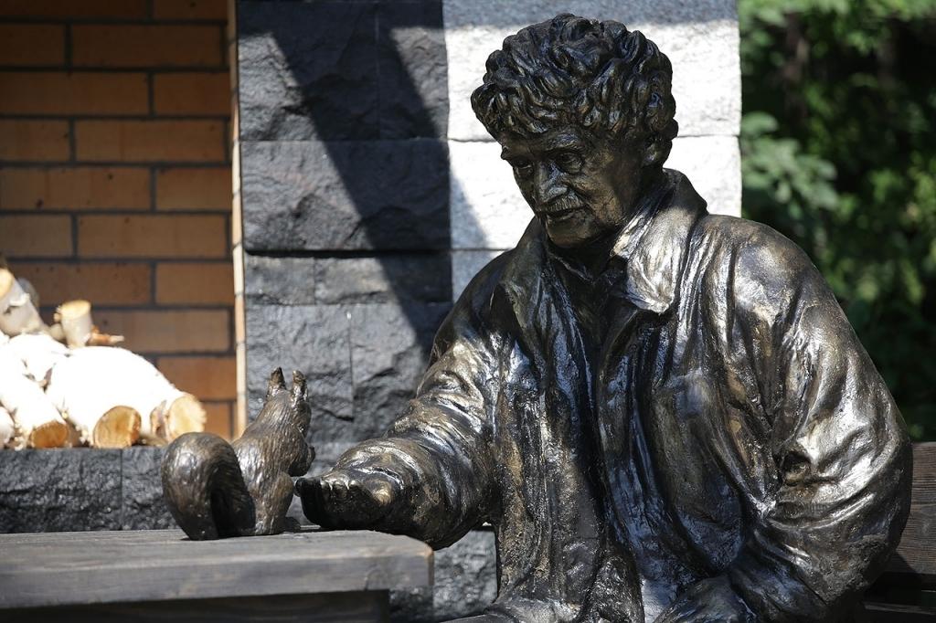 Памятник ростислава шило