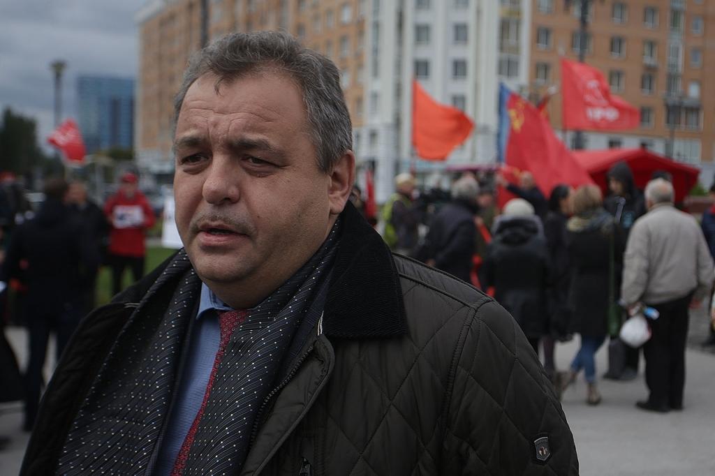 Русские коммунисты поддержали КНДР намитинге вНовосибирске
