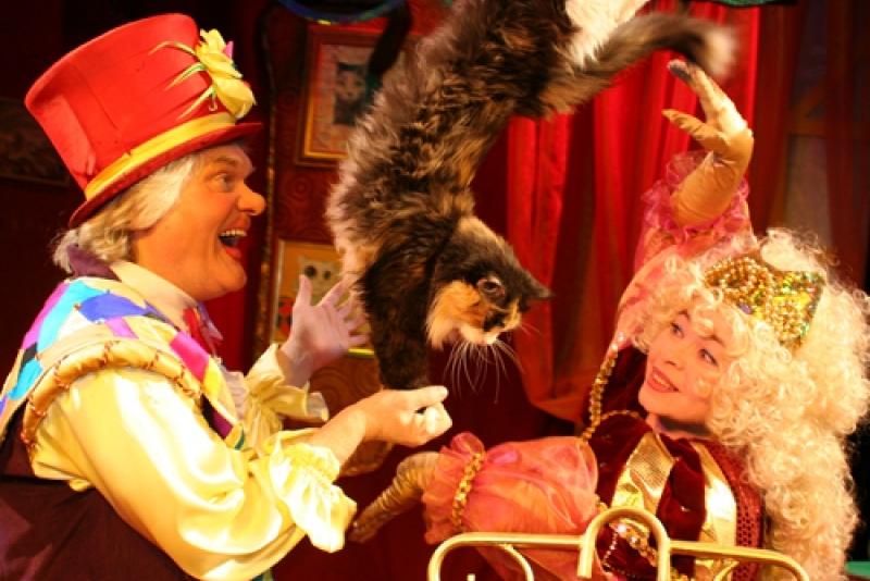 Театр кошек Куклачева порадует барнаульцев