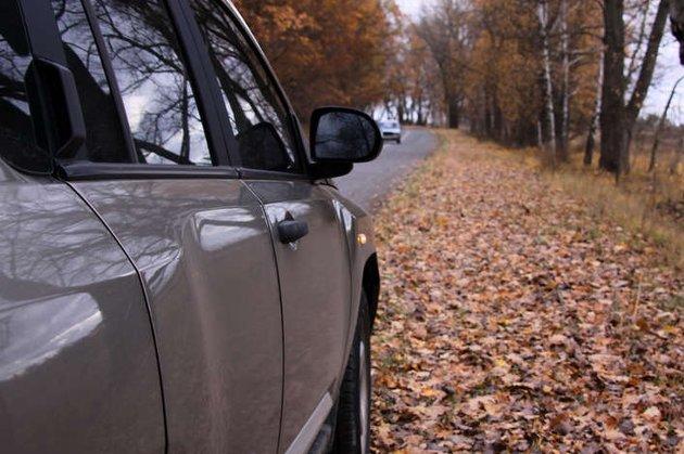 Кабмин обязал водителей надевать светоотражающую одежду втёмное время суток
