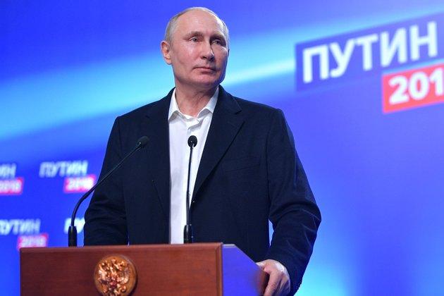 Владимир Путин поведал опредстоящем в 2019г полете граждан России кМарсу