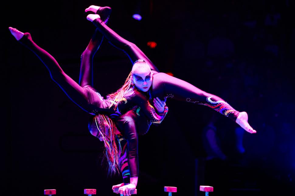 Цирк Бурятии приготовил грандиозное этно-шоу