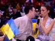 Украинский участник «Евровидения» укусил ведущую