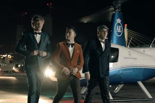 Иванушки Int. споют хиты прежних лет в казино на Алтае