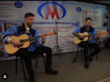 Хоккеисты «Сибири» устроили концерт в метро
