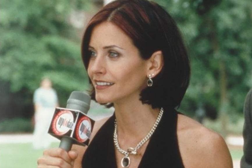 Звезда «Друзей» вернется к роли журналистки в новом «Крике»