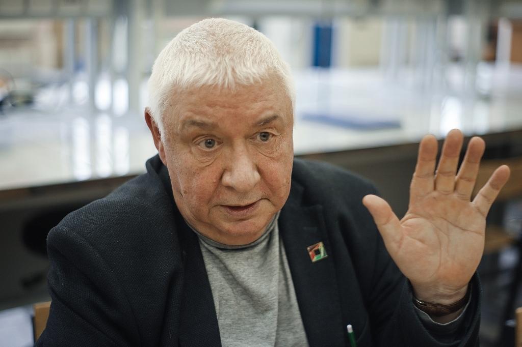Доцент кафедры инженерных проблем экологии НГТУ Виктор Александров