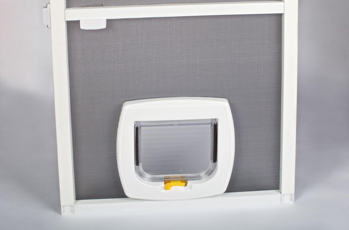 Распашная сетка с дверцей